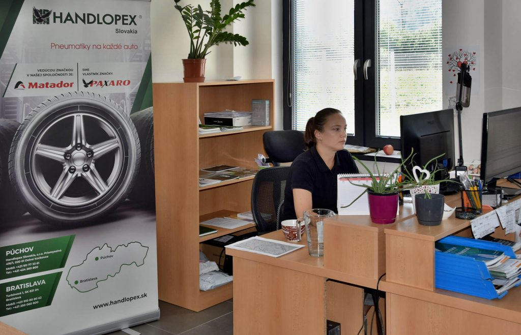 Handlopex administratívne priestory