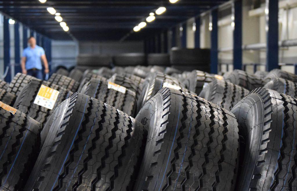 Handlopex nákladné pneumatiky